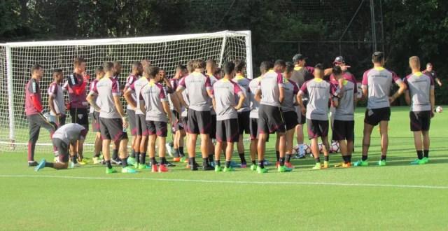 Rogério Ceni teve mais de duas semanas para trabalhar o time do São Paulo (Foto: Marcelo Hazan)