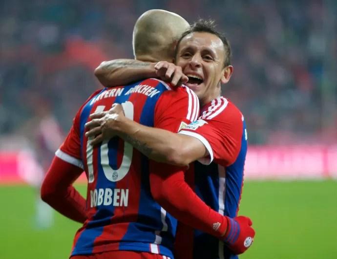 Robben e Rafinha Bayern de Munique Colônia (Foto: Reuters)