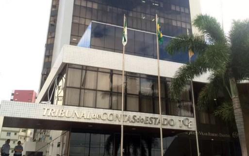 Sede do Tribunal de Contas do Estado do RN, na Zona Leste de Natal (Foto: Kléber Teixeira/ Inter TV Cabugi)