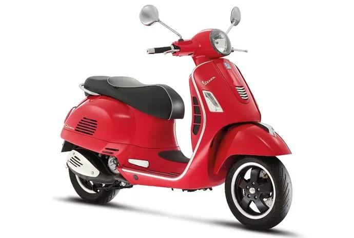 33_vespa_gts_super - Conheça as motos mais vendidas na Europa