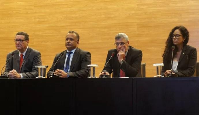 Coronel Marinho, Alício Pena Júnior, Ana Paula Oliveira, Cerdeira, nova comissão de arbitragem da CBF (Foto: Daniel Mundim)