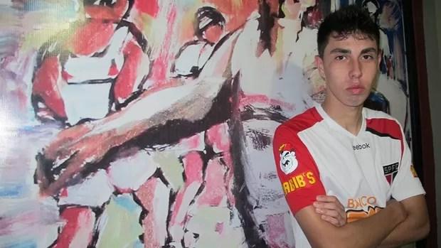Henrique Miranda, lateral-esquerdo São Paulo (Foto: Julyana Travaglia/GLOBOESPORTE.COM)