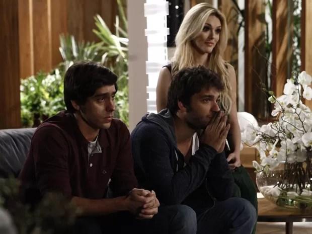 Ernesto e Davi têm ideia para lançar Júnior antes de Jonas (Foto: Inácio Moraes/TV Globo)