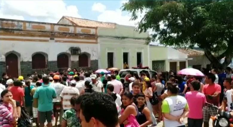 Casa onde o padre Pedro Gomes Bezerra foi encontrado morto, em Borborema, na Paraíba (Foto: Reprodução/TV Cabo Branco/Arquivo)