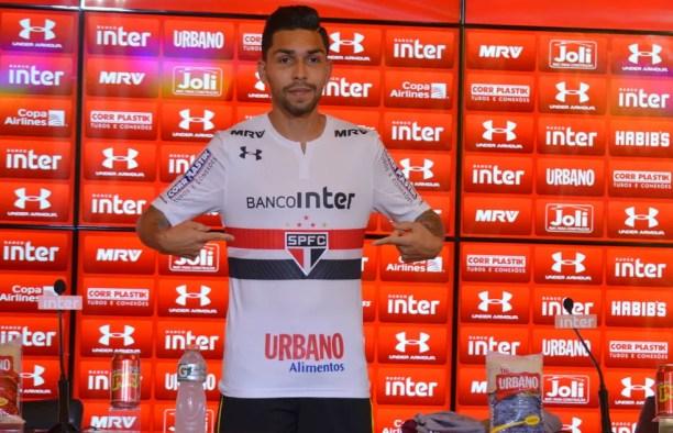 Petros foi apresentado na quinta-feira, no CT da Barra Funda (Foto: Érico Leonan/saopaulofc.net)