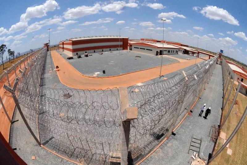 Imagem aérea da penitenciária federal de Brasília, construída na região da Papuda — Foto: Isaac Amorim/MJ