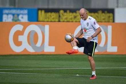 Taffarel tem opinião decisiva na convocação dos goleiros da Seleção (Foto: Pedro Martins / MoWA Press)