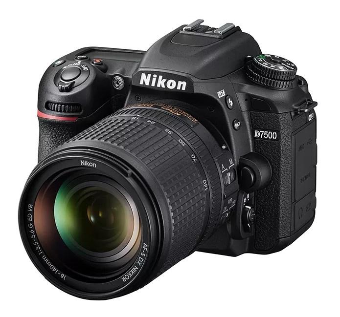 Nova Nikon D7500 é voltada ao mercado intermediário (Foto: Divulgação/Nikon)