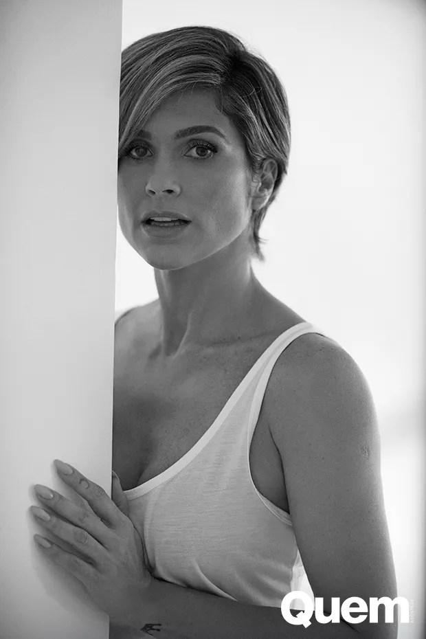 Flávia Alessandra é a Capa da Semana na Quem (Foto: Faya )