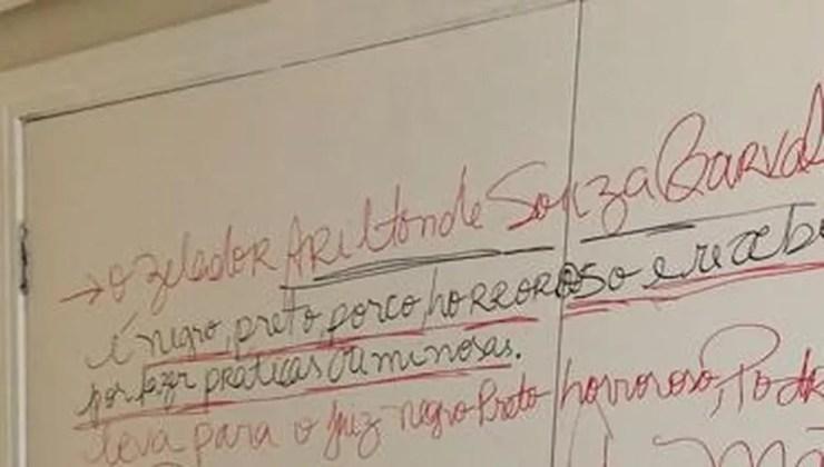 Zelador é um dos principais alvos de ataques racistas de moradora de condomínio  — Foto: Arquivo pessoal