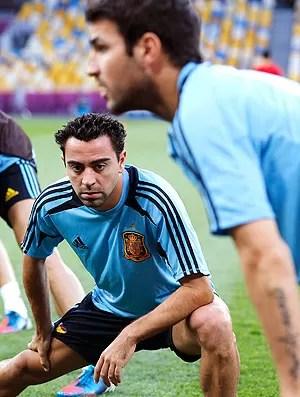 Xavi no treino da Espanha (Foto: AP)