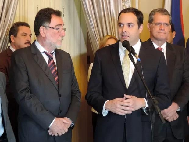 Paulo Câmara pediu apoio a obras hídricas, como a Transposição do São Franscisco (Foto: Marina Barbosa / G1)