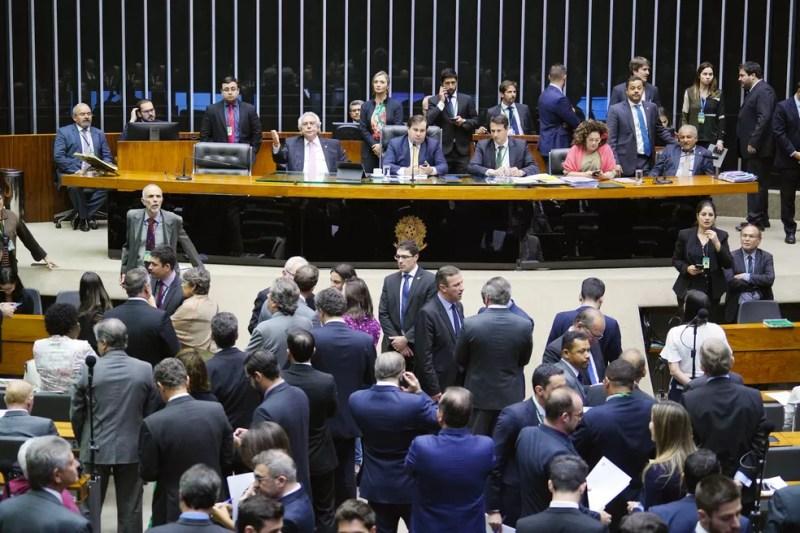 Plenário da Câmara nesta terça-feira (13), antes da aprovação do texto-base da MP da liberdade econômica — Foto: Pablo Valadares/Câmara dos Deputados