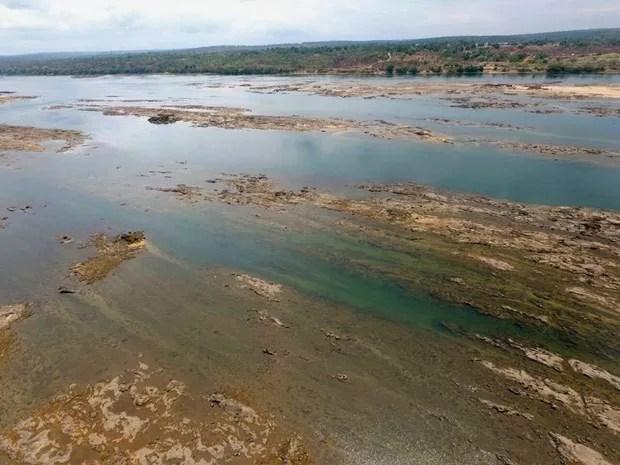 Falta de água e seca contribuem para baixa no nível do rio Tocantins (Foto: Dirceu Leno/Prefeitura de Tocantinópolis)