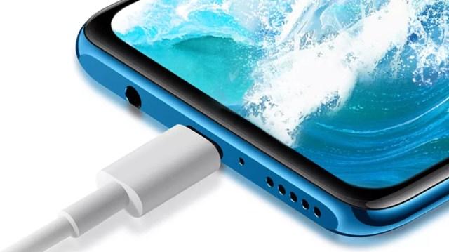 Recarga pela porta USB-C — Foto: Divulgação/Huawei