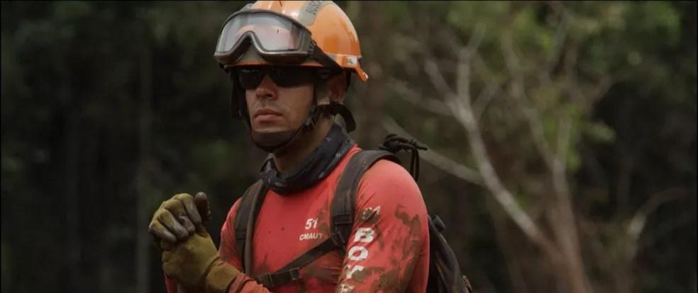Capitão Tiago Costa atuou em Mariana, em Brumadinho e em Moçambique — Foto: Corpo de Bombeiros
