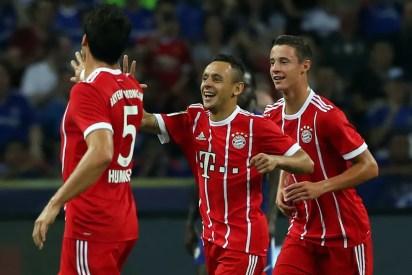 Rafinha em ação pelo Bayern de Munique nesta temporada (Foto: Stanley Chou / Getty Images)