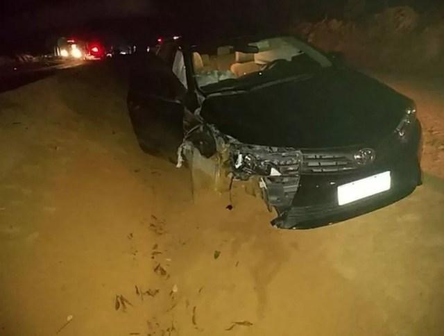 Carro ficou destruído após acidente em Machadinho (RO).  — Foto: Reprodução