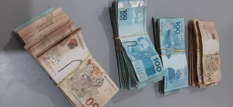 Dinheiro foi devolvido pela associação para a Polícia Civil — Foto: Arquivo Pessoal