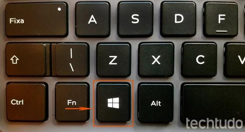 Pressione a tecla de Windows no teclado — Foto: Barbara Mannara/TechTudo