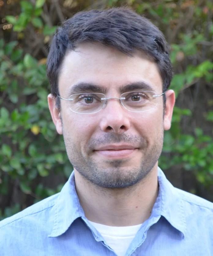 Daniel Nunes é brasileiro e participa da missão Mars 2020 — Foto: Embaixada dos EUA no Brasil