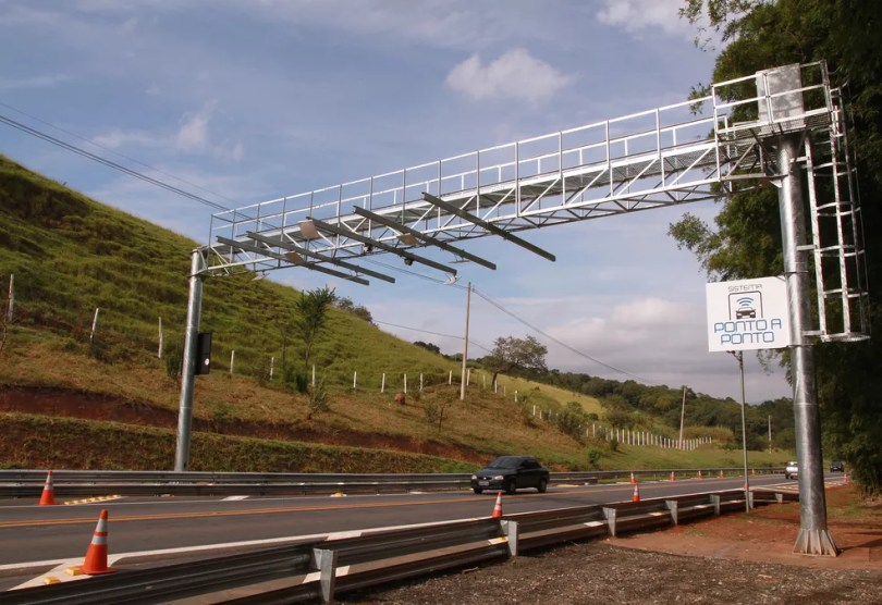 Pórtico do sistema eletrônico na Rodovia SP-360, em Itatiba (Foto: Du Amorim/ Governo do Estado de São Paulo)