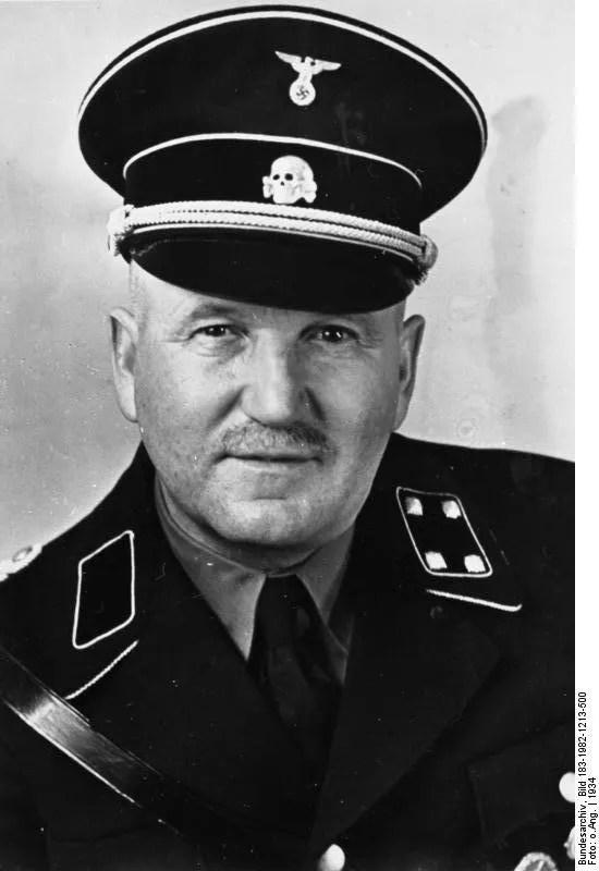 Ulrich Graf vestido com o uniforme da SS (Foto: Wikimedia Commons)