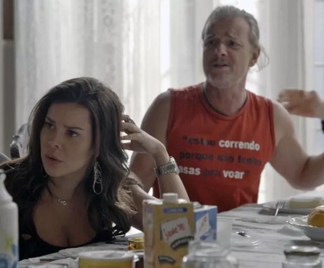 Vavá e Mel ficam indignados com novidade (Foto: TV Globo)