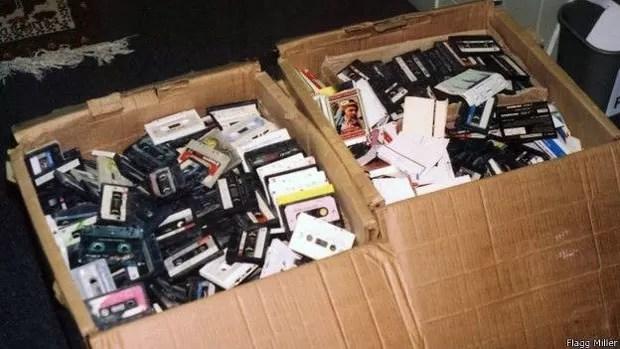 Material traz discursos, conversas, músicas e outros registros (Foto: Flagg Miller/BBC)