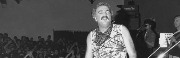 Kid Vinil e sua banda Magazine durante apresentação em danceteria na capital paulista em setembro de 1984 (Foto: Fernando Pimentel/Estadão Conteúdo/Arquivo )