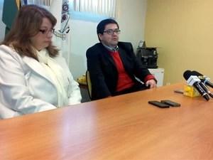 Os médicos Irene Rocha e Ricardo Sugahara, do Hospital Celso Pierro, em Campinas (Foto: Marcello Carvalho/G1)