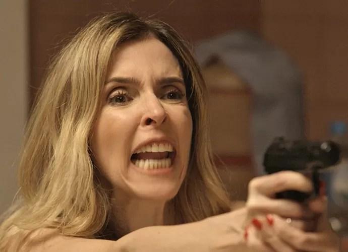 Kiki parte para cima de Romero (Foto: TV Globo)