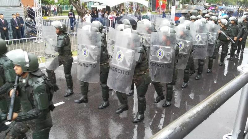 Exército brasileiro durante desfile de 7 de setembro, em João Pessoa — Foto: Antônio Vieira/TV Cabo Branco