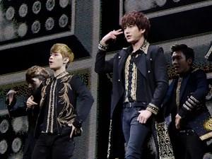 A banda coreana Super Junior em show em SP (Foto: Camila Cara / Divulgação T4F)