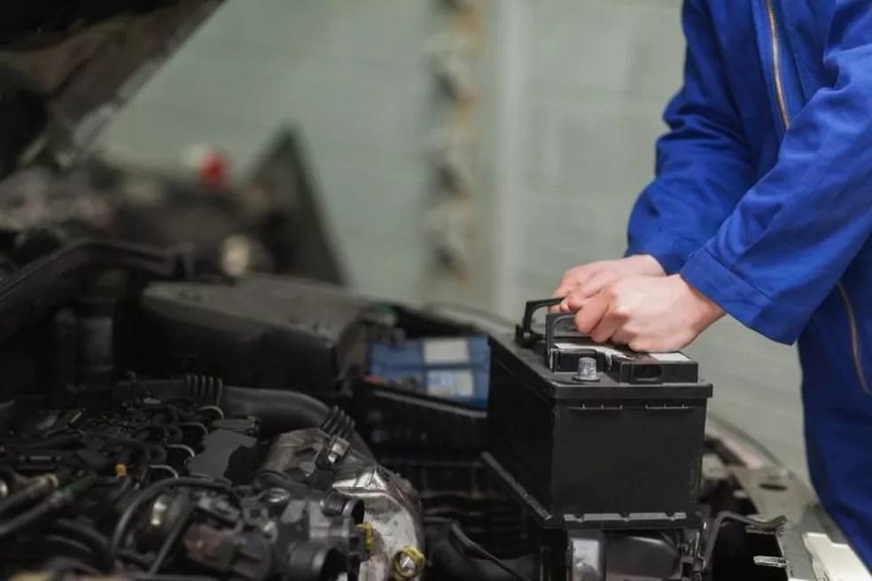 Bateria veicular — Foto: Shutterstock