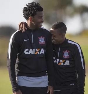 Gil e Malcom,  Corinthians (Foto: Daniel Augusto Jr/ Ag. Corinthians)