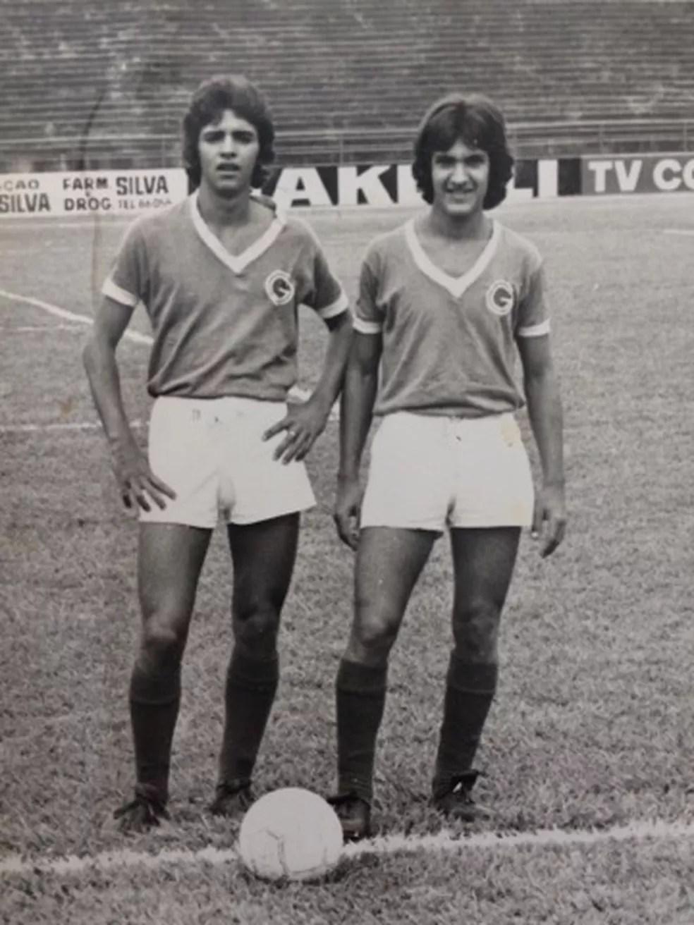 Vadão, à esquerda, na época de jogador com a camisa do Guarani — Foto: Arquivo pessoal