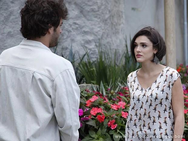 Giane conversa com Fabinho (Foto: Sangue Bom / TV Globo)