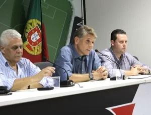 dinamite cristiano Koehler Paulo autuori vasco apresentação (Foto: Marcelo Sadio / Vasco.com.br)