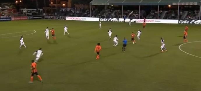 Corinthians mostra padrão defensivo, mas sofre no contra-ataque (Foto: Reprodução)