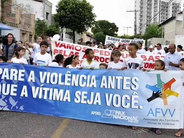 Protesto contra a morte do garoto Rhyan em Cuiabá (Foto: Tita Mara Teixeira/G1)