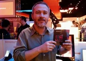 Fabio Federico comprou o Windows 8 no lançamento do sistema em São Paulo (Foto: Laura Brentano/G1)
