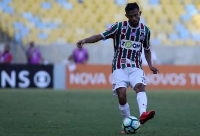 Gustavo Scarpa é alvo do São Paulo para o meio-campo (Foto: Lucas Merçon/Fluminense FC)