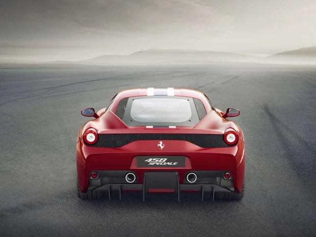 Mais potente motor aspirado da marca, Ferrari 458 Italia Speciale vem com 4.5 V8 de 605 cv (Foto: Divulgação)