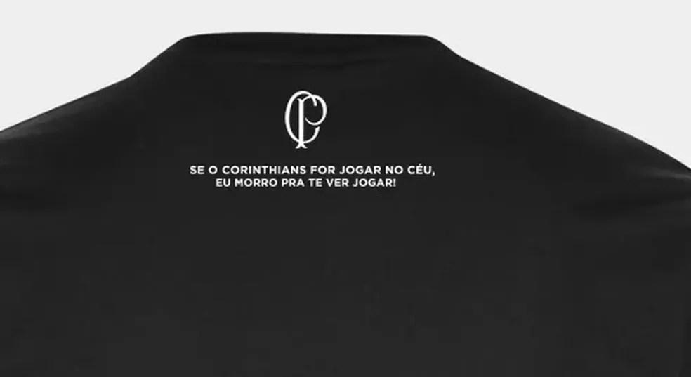 Detalhe nas costas da camisa — Foto: Reprodução