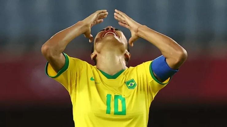 Marta lamenta eliminação do Brasil