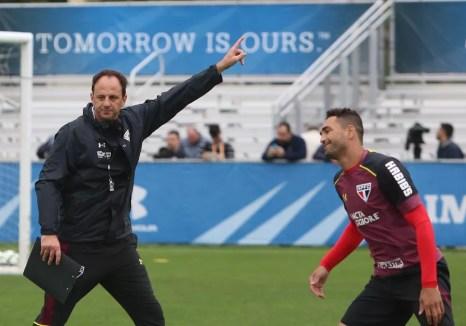 Rogério Ceni e Gilberto na pré-temporada nos Estados Unidos: atacante tem confiança do técnico (Foto: Rubens Chiri/saopaulofc.net)