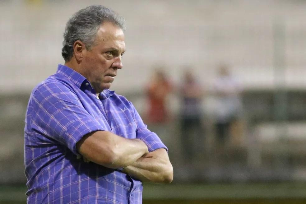 Gallo afirmou que Abel Braga, do Fluminense, não foi procurado pelo Atlético-MG (Foto: RUI PORTO FILHO/AGIF/ESTADÃO CONTEÚDO)