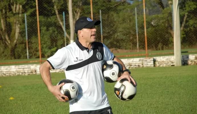 Cléber Gaúcho treinador técnico XV de Piracicaba Nhô Quim (Foto: Eduardo Castellari / XV de Piracicaba)