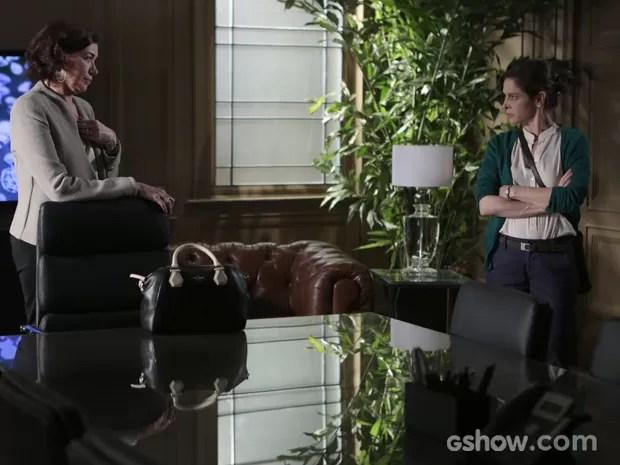 Cora e Maria Marta ficam cara a cara e a megera conta tudo sobre passado de Zé (Foto: Felipe Monteiro/TV Globo)